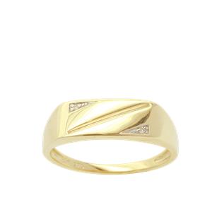 <p>9 carat yellow gold diamond ring, TDW .01ct</p>