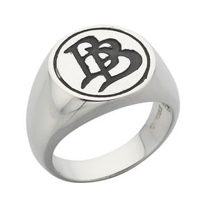 <p>Oxidised Bilbo Baggins &quot;BB&quot;&nbsp;Initial Signet Ring.</p>