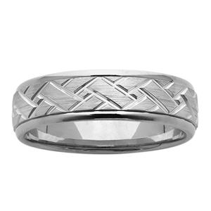 <p>6.5mm Patterned Ring</p>
