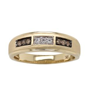 <p>9ct Yellow gold diamond ring with black rhodium plating. Total Diamond Weight 0.20ct</p>