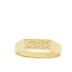 <p>Celtic Knot Dress Ring</p>