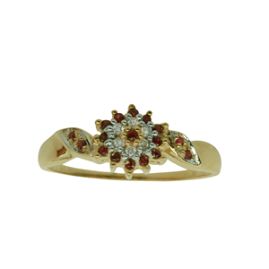 <p>9 carat yellow gold ring with ruby and diamonds, TDW .04ct K/I1</p>