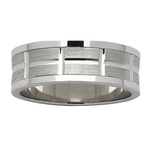 <p>8mm concaved and patterned ring</p>