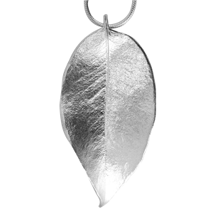 <p>Small springfire leaf pendant with 45cm chain and box</p>