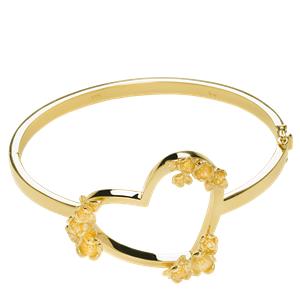 <p>Botanical Heart bracelet</p>