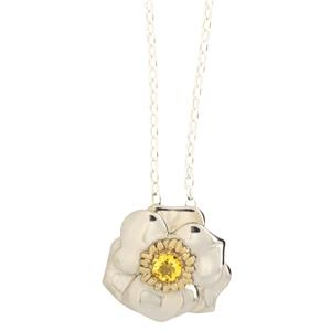 <p>Ranunculus lyallii (Mount Cook lily) necklace with yellow cubic zirconia</p>