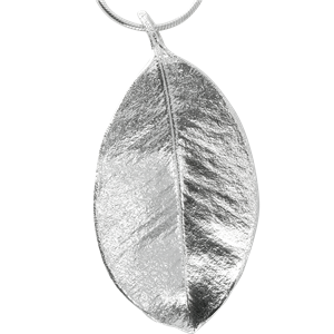 <p>Large springfire leaf pendant with 70cm chain and box</p>
